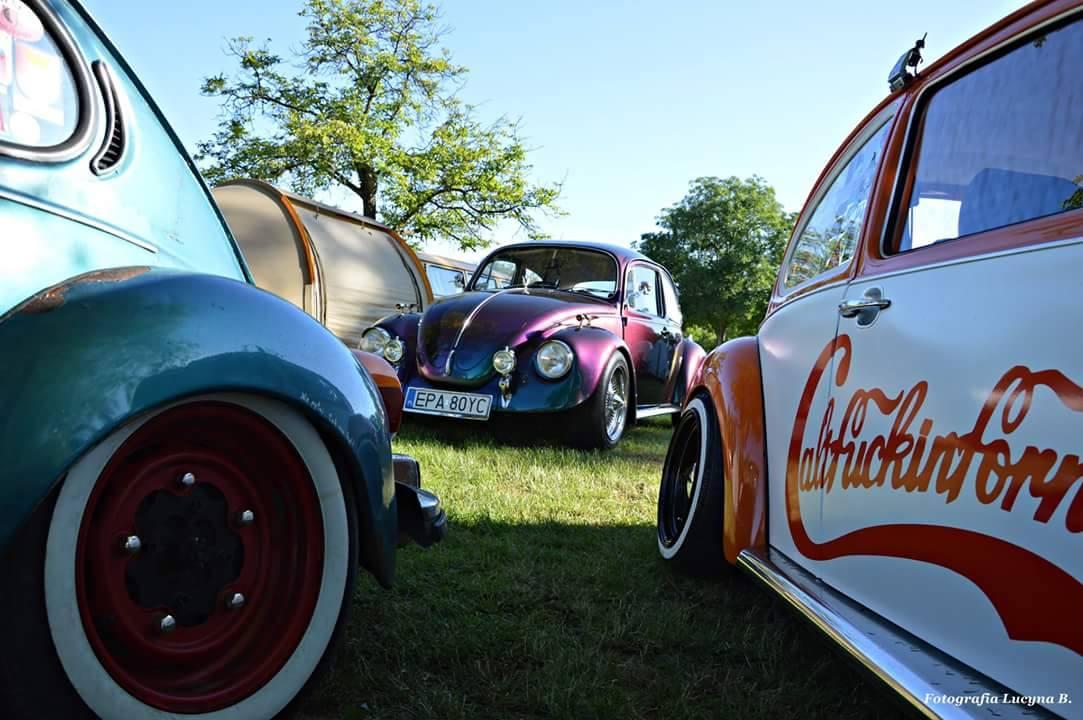 Main page pasja do klasycznych samochod w marki for Garage volkswagen persan